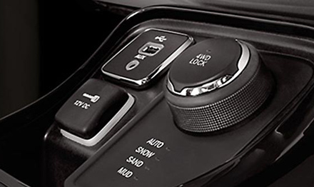 KIT-903JC_for-Jeep-Compass-Retains-USB-AUX-port.jpg