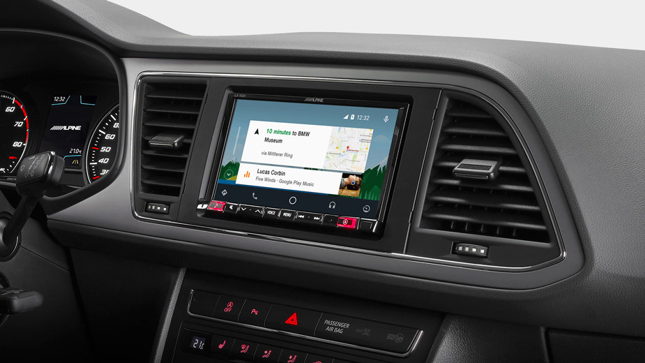 """7"""" Mobile Media System for SEAT Leon featuring Apple CarPlay"""